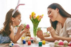 Páscoa: 4 Brincadeiras para curtir com as crianças!
