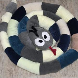 Cobra de Plush Multiuso Montessoriana Cabeça Cinza