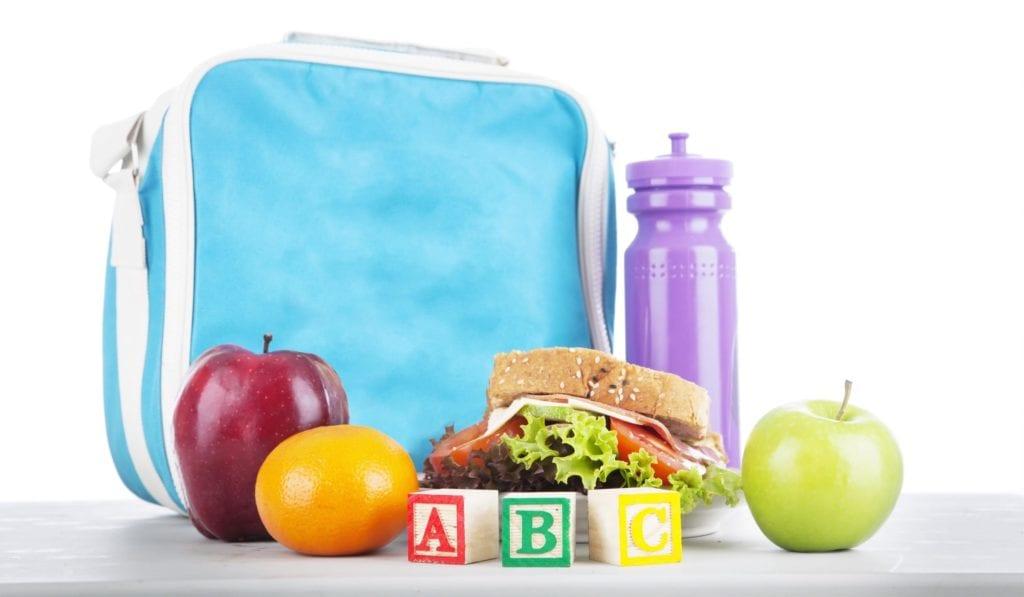 Lanche escolar saudável: Saiba como evitar a obesidade infantil