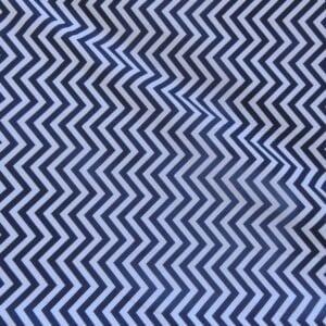 Lençol Para Mini Berço Agarradinho para colchões de 86x42x8 -Chevron  Azul Marinho e Branco Colo de Mãe