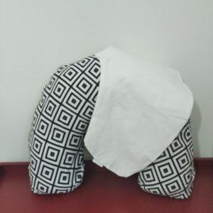 Almofada De Amamentação – Geométrica Preto E Branco + Capa Extra Branca