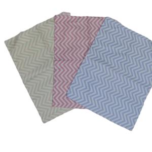 Trio de Fronhas para travesseiro de bebê Chevron Rosa Claro, Pnk e Lilás 35cm x 28cm da Colo de Mãe _ 3 fronhas