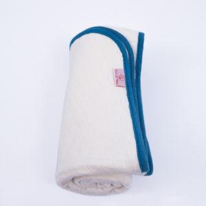 Manta Dupla Face de Matelassê Creme e Azul 100m x 80m